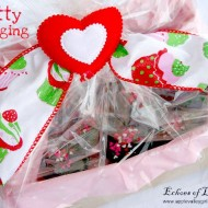 Pretty Packaging for Valentine's Cupcakes
