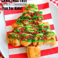 Cinnamon Bun Christmas Tree {Kids' Project}