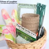 Gardening Gift Basket +Free Printable Tag