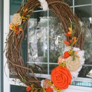 Recycled Sweater Fall Wreath & 6 Other Inspiring Wreaths
