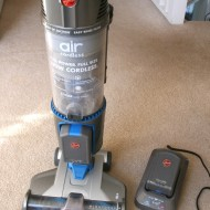 Spring Cleaning With Hoover Air™ Cordless Vacuum