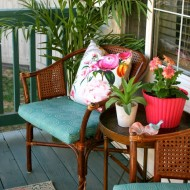 Fresh & Fun Front Porch Decor