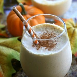 Pumpkin Spice Smoothie {Dairy Free & Sugar Free}
